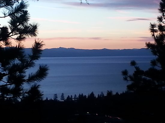 Jimmy's at The Landing Resort & Spa: another beautiful evening at the Landing Lake Tahoe