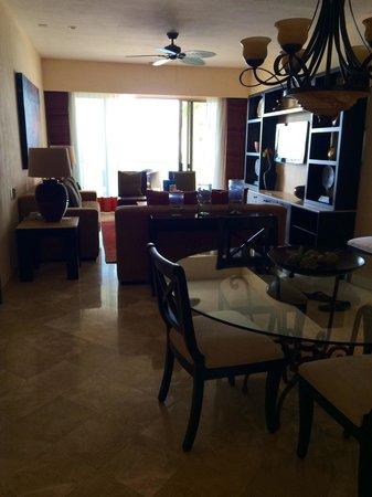 Garza Blanca Preserve, Resort & Spa: Living room