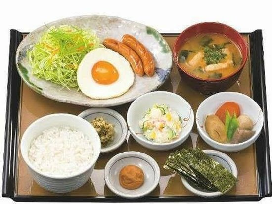 Daiwa Roynet Hotel Osaka Uehonmachi: 目玉焼き朝食 500円 (07:00-10:00・1F)