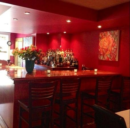 Moya : new bar