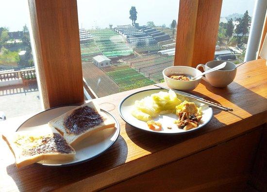 Dingdai Glass Vacation Villa : simple breakfast