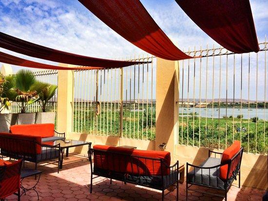 Villa Soudan : View of Niger River at breakfast.