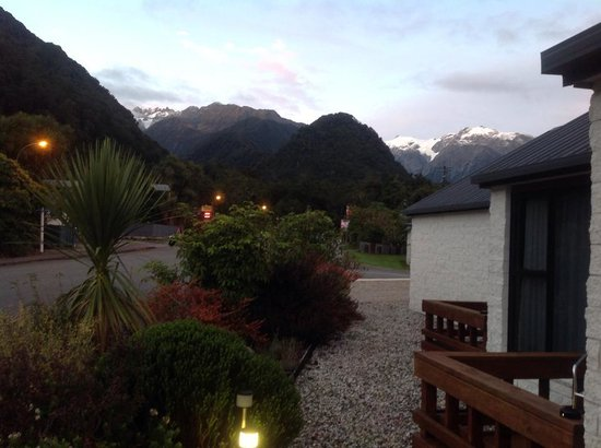 Alpine Glacier Motor Lodge: View from our room