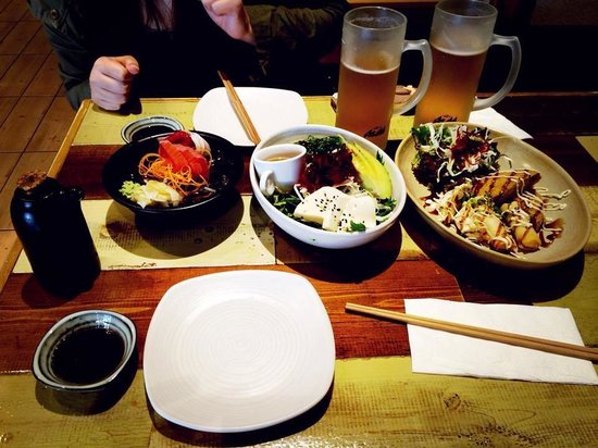 Yume Sushi 3: Some of the starters with asahi beer