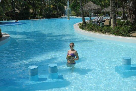 Melia Caribe Tropical: бассейн