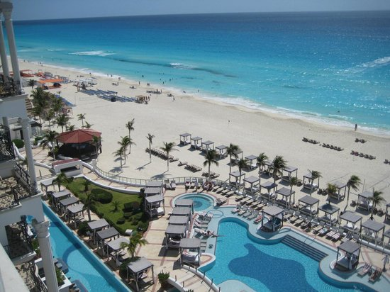 Hyatt Zilara Cancun : Yes, the Ocean really is that colour