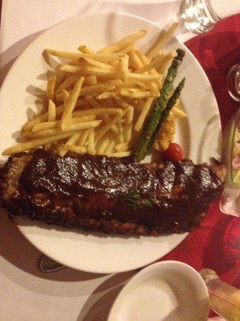 Kon-Tiki Foreigner's Restaurant and Bar: Ribs
