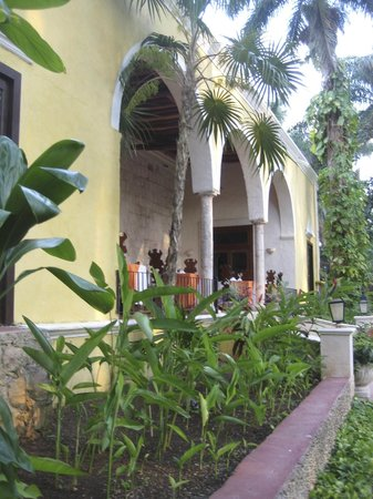 Hacienda Chichen: Beautiful Dining