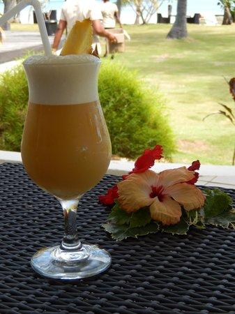 Lomani Island Resort: Our last drink