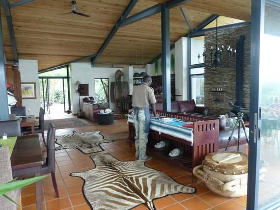 Greenfire Game Lodge: Bar and lounge area in Lodge