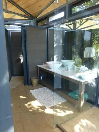 Greenfire Game Lodge: Ensuite in room