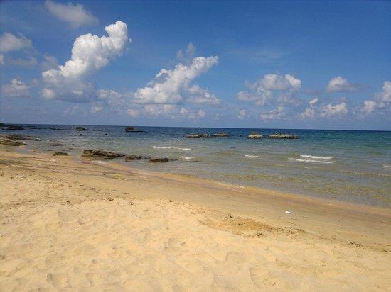 Viet Thanh Resort: пляж