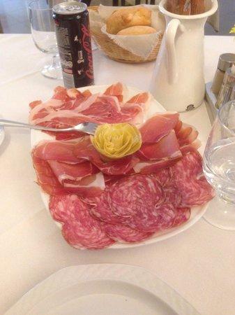 Pizzeria Ristorante alla Rotonda : Mixed pork meats for 1 person
