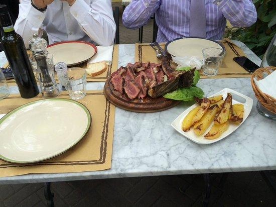 Il Vecchio Cigno : Fiorentina con patate