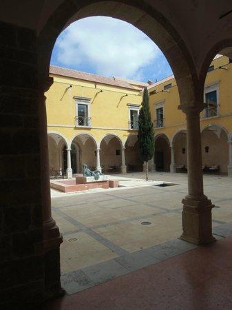 Pousada Convento Tavira : Innenhof
