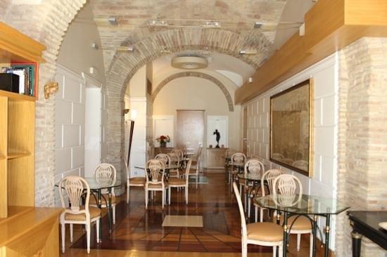 Duca D'Alba Hotel: la salle du petit dejeuner
