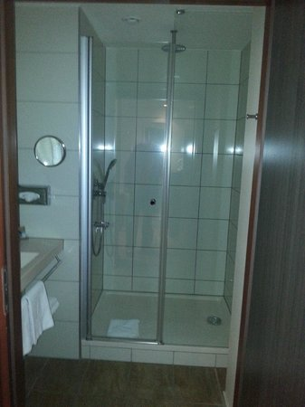 Mercure Warszawa Grand : Bathroom