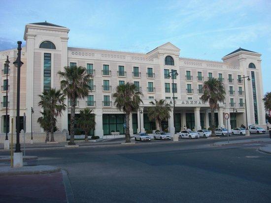 Hotel Las Arenas Balneario Resort: Hotel veduta esterna