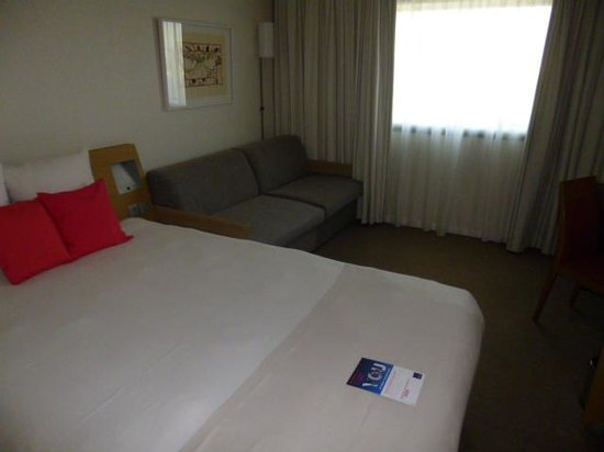 Novotel Paris La Defense: ベッド