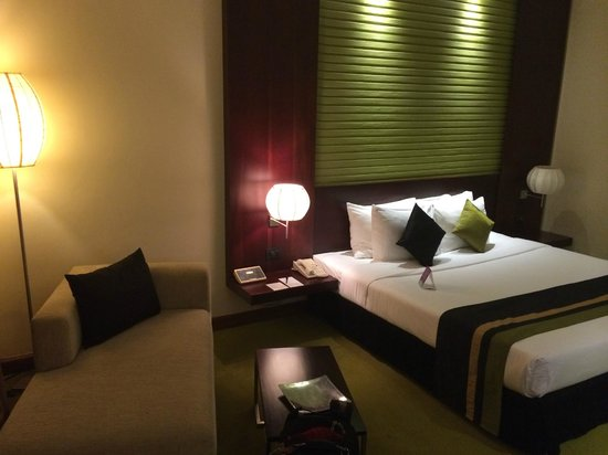 Cinnamon Lakeside Colombo : Room