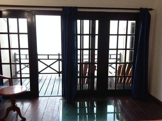 Summer Island Maldives: chambre piloti, plexi pour une vue des poissons