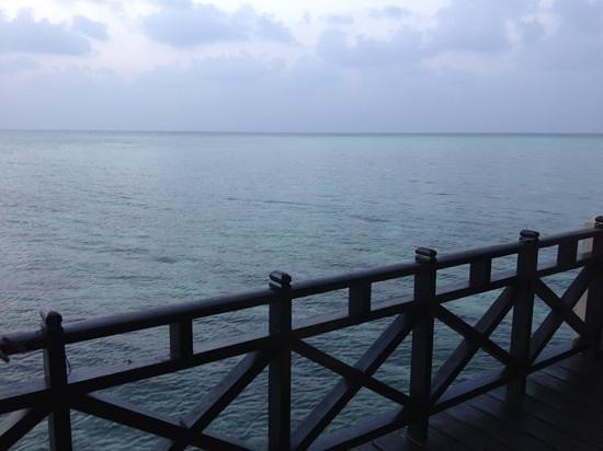 Summer Island Maldives: balcon chambre pilotis