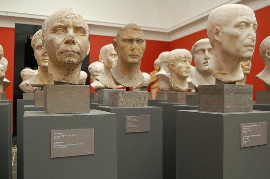 Ny Carlsberg Glyptotek : Colección de bustos
