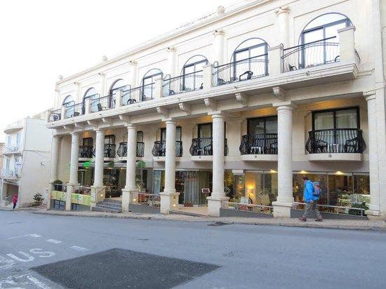 Solana Hotel: Fachada del hotel