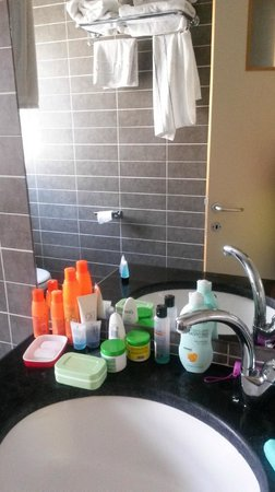 Ben Yehuda Apartments: ванная комната
