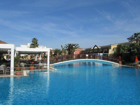 Atlantica Aeneas Hotel: Pool