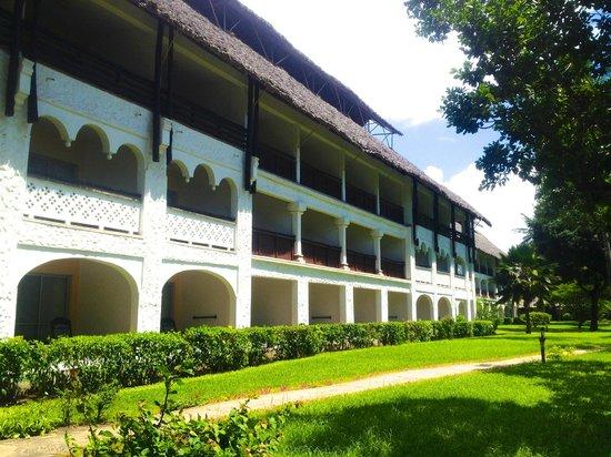 Southern Palms Beach Resort : Hotel room Block