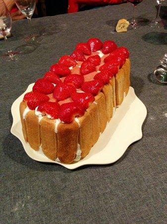 La Maison D'Edouard : La Charlotte aux fraises de Laurence