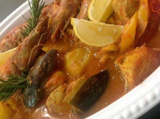 Alsace a Table: zarzuela - bouillabaisse aux fruits de mer / les éphémères