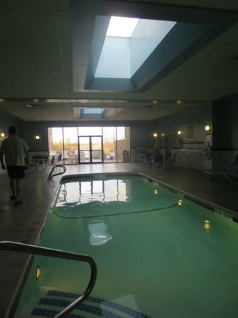 Four Points by Sheraton Boston Logan Airport Revere: Pool to ourselves