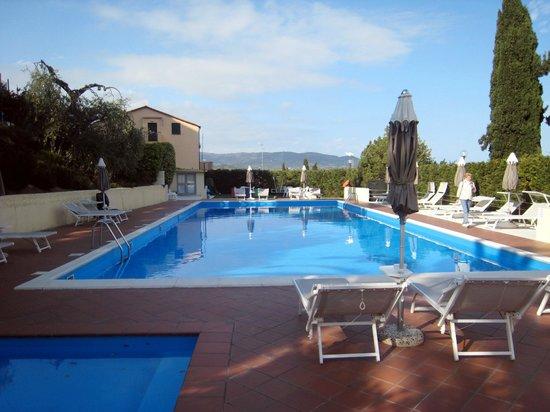 Hotel Metropol : Piscina e piscinetta per bambini