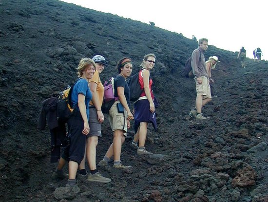 Pacaya Volcano : Aufstieg im trostlosen Gelände