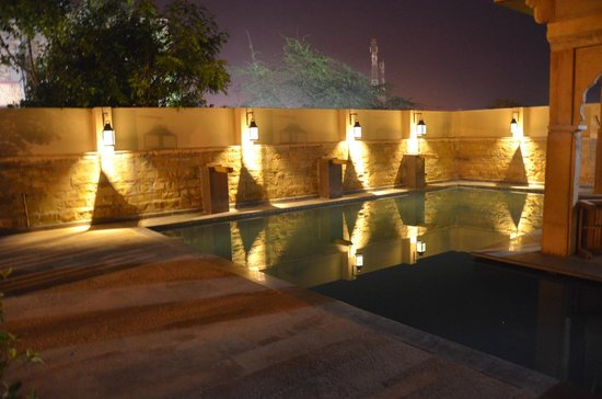 The Gulaal : pool