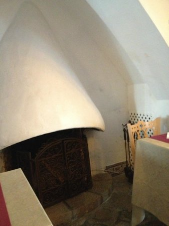 Davallada 9: отель