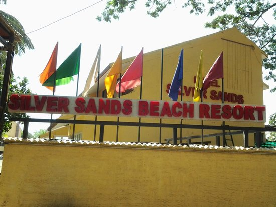 Silver Sands Beach Resort Daman View From Outside The Road
