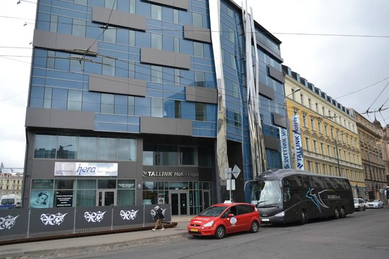 Tallink Hotel Riga : Hotel from outside