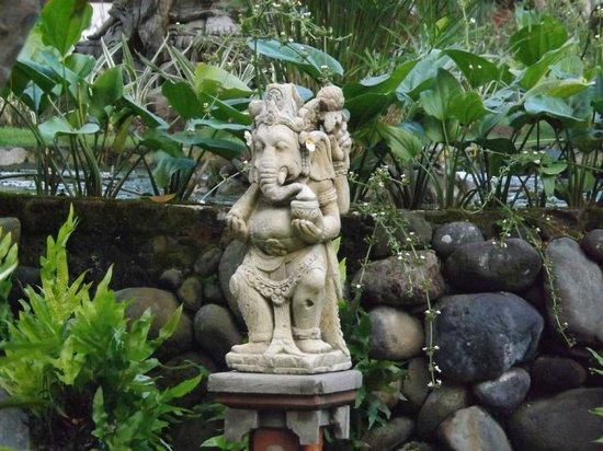 Sol Beach House Bali Benoa by Melia Hotels International: a watchful eye...