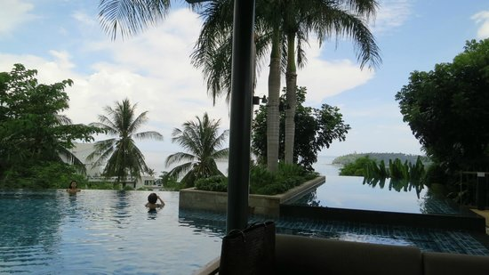 The Heights Phuket : Infinity Salt Water Pool