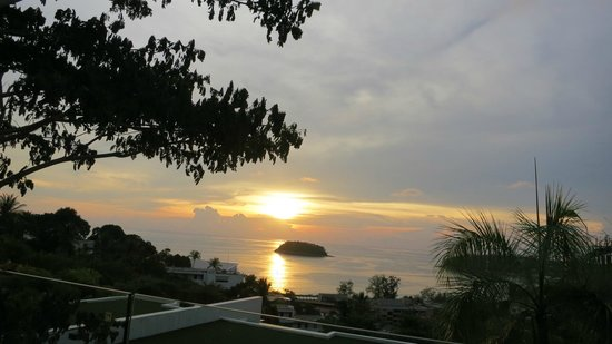 The Heights Phuket : Stunning Sun Set Views from the room and living room