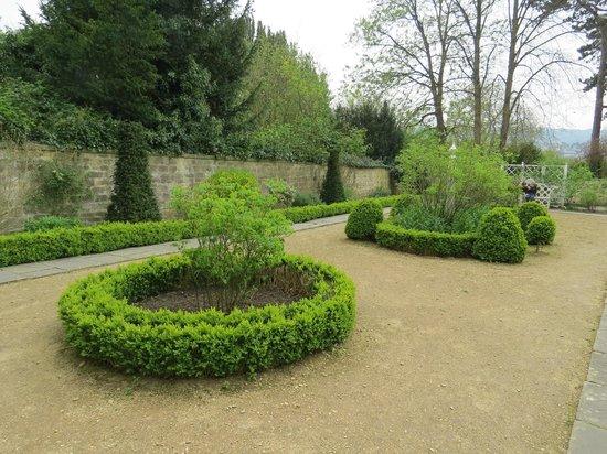 Georgian Garden