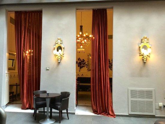 Borghese Palace Art Hotel: Элементы интерьера