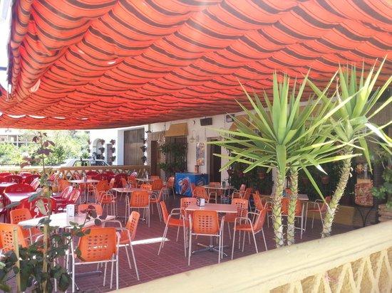 La ruta de la Alpujarra: Terraza de verano