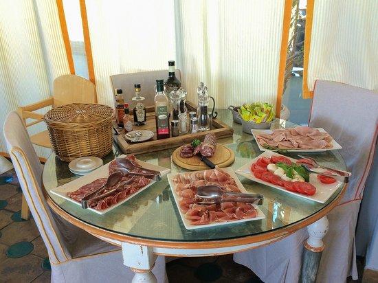 Hotel Villa Carlotta: Colazione