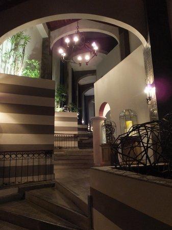 Hotel Alta Las Palomas : The stylish interior