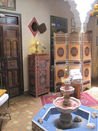 Riad Andalla: Pretty and attractive