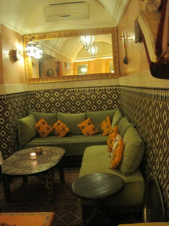 Riad Andalla : Comfortable lounge at the bottom